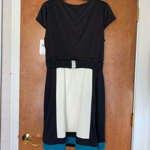 Sandra Darren Dresses - Sandra Darren Black/White/Blue Dress with Belt